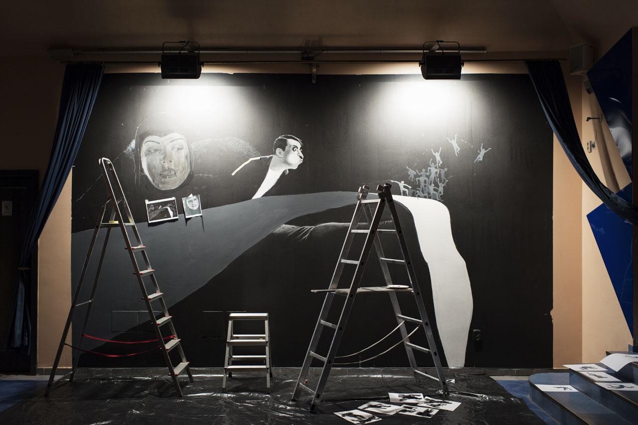 16 Klaus Voormann Theaterleinwand Prag